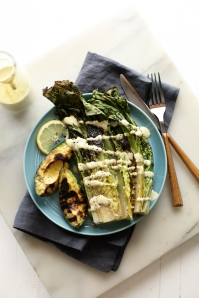 grilled-avocado-and-romaine-caesar-salad-31
